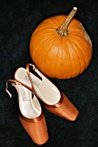 pumpkinshoes.jpg