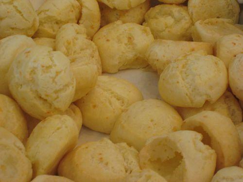 picture of pão de queijo