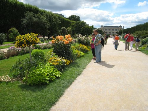 The main garden path.