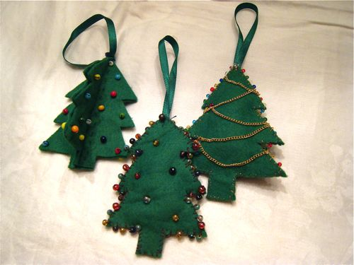 tree_ornaments1